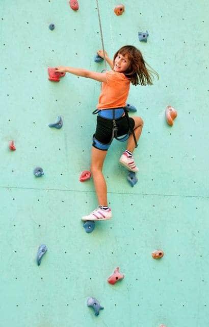 Klettern-mit-Kindern-indoor