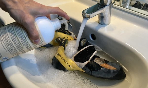 Kletterschuhe pflegen waschen