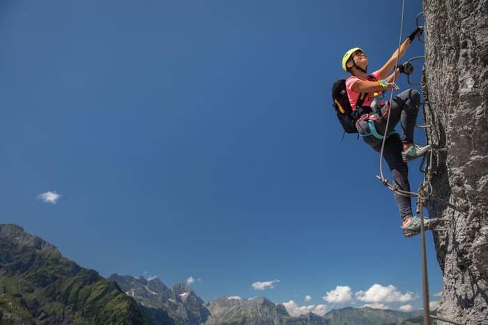 Schuhe Klettersteig niedriger Schaft