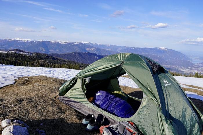 3 Jahreszeiten Schlafsack Grüezi Bag Test 1